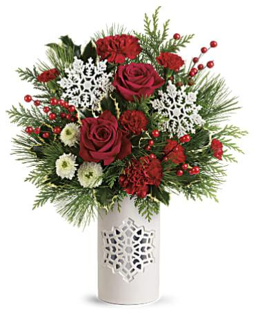 TELEFLORA\'S FLURRY OF ELEGANCE BOUQUET
