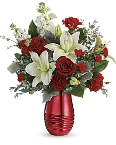 TELEFLORA RADIANTLY ROUGE BOUQUET